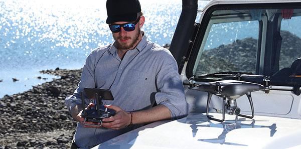 Commander delta drone et avis drone arduino kit